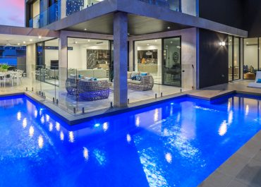 Custom Website Design – L&V Pools Gold Coast